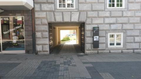 Eingang Loehberg