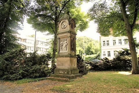 Bayerle, Julius: Ehrenmal für die Gefallenen im Krieg 1870/71; Foto: Kunstmuseum Mülheim an der Ruhr 2016.