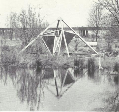 Gruppe Radius: Pyramide (Objekt IV); Foto: unbekannt.