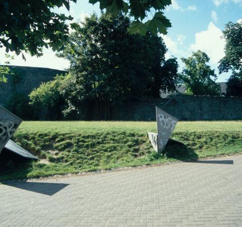 Koch, Diethelm: Drei Quadrate, Foto: Kunstmuseum Mülheim an der Ruhr/ Ralf Raßloff 2006.