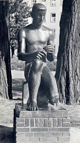 Lickfeld, Hermann: Bogenschütze, Standort Luisental zw. 1950 und 2011; Foto: unbekannt (1950er).