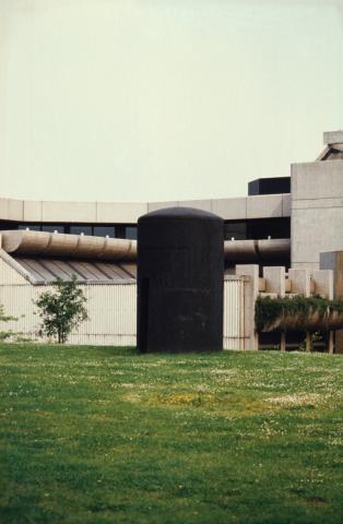 Liesen, Wolfgang: Haus des Schwans - Zustand 2001; Foto: Kunstmuseum Mülheim an der Ruhr 2001.