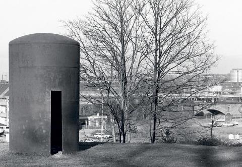 Liesen, Wolfgang: Haus des Schwans - Zustand 1982; Foto: Kunstmuseum Mülheim an der Ruhr 1982.
