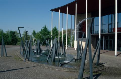 Schad, Robert: Mülheimer Gruppe, Foto: Kunstmuseum Mülheim an der Ruhr 2001.