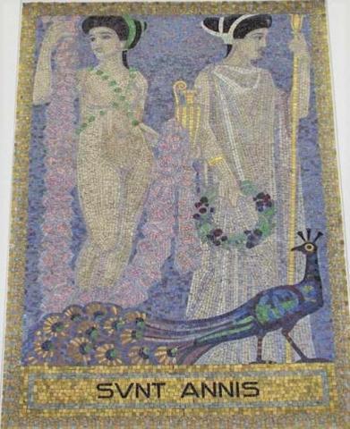 Köppen, Wilhelm: SUNT ANNIS (Mosaik 7: Aphrodite und Hera); Foto: Kunstmuseum Mülheim an der Ruhr 2001.