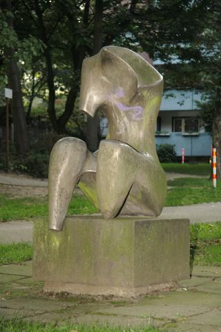 Prasse, Karl: Sitzender Torso, Vorderansicht; Foto: Kunstmuseum Mülheim an der Ruhr/ Ralf Raßloff 2008.