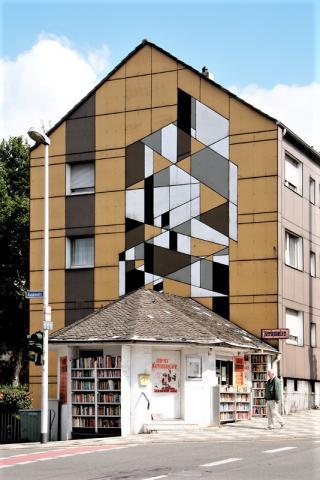 Siepmann, Heinrich: Abstrakte Fassadengestaltung (Aktienstraße 165a); Foto: Kunstmuseum Mülheim an der Ruhr 2009.