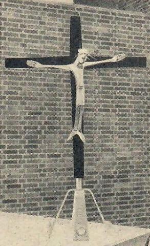 Rasche, Ernst: Altarkreuz St. Barbara; Foto: Mülheimer Jahrbuch 1956.