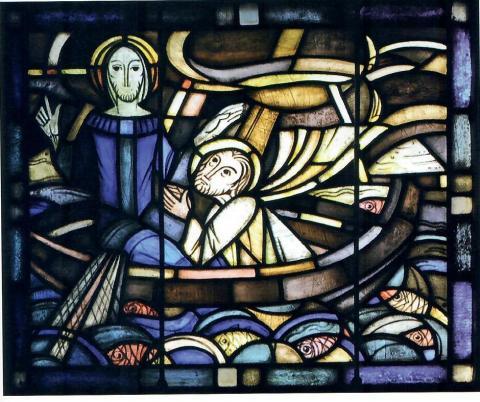 Hellwig, Karl: Chorfenster - ev. Kirche in Broich, Detail: Jesus auf dem See Genezareth, Foto: Mülheimer Jahrbuch 2009, S. 287.
