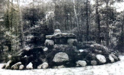 Denkmal zu Ehren der Gefallenen des 5. Lothringschen Infanterieregiments 144, ursprünglicher Standort am Ganghoferweg; Foto: Stadtarchiv Mülheim an der Ruhr.