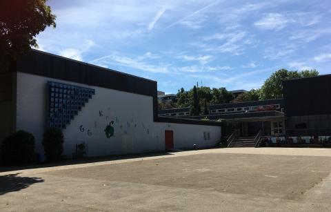 Liebsch, Otto Georg: o.T. (abstraktes Stahlrelief, Gesamtansicht), Foto: Kunstmuseum Mülheim an der Ruhr 2020.